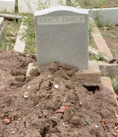 pierce family tomb